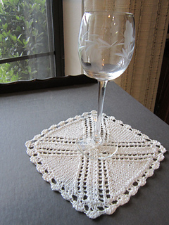 H147beveragecoasterwithwineglass_small2