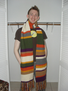 Doctor_who_scarf_001_small2