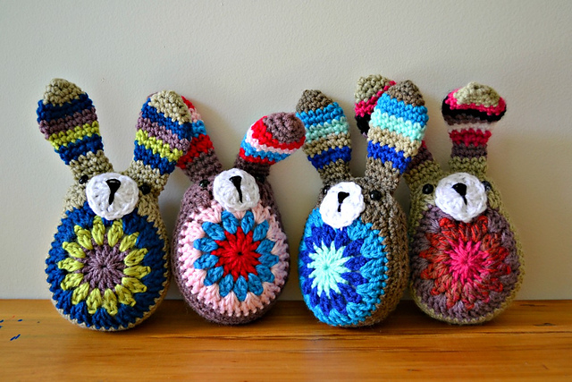 Free Cute Easter Bunny crochet pattern