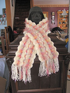 Bacon_scarf_view_1_small2