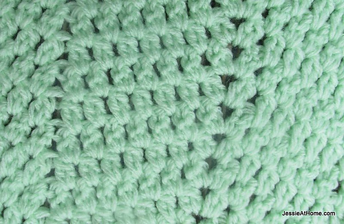 Faded-ripple-free-crochet-pattern-sport-weight-close-up_medium