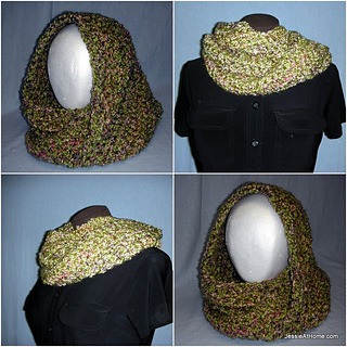Ali-mobius-cowl-free-crochet-pattern-lion-brand-homespun_small2