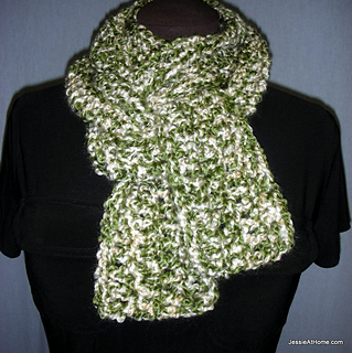 Eli-scarf-free-crochet-pattern-homespun_small2