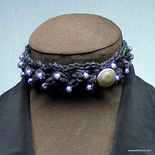 Puff-stitch-choker-with-beads_small2
