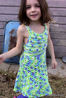 Crochet-free-pattern-puff-stitch-halter-dress_small2