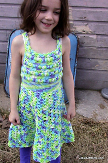 Free-crochet-pattern-puff-stitch-halter-dress_small2