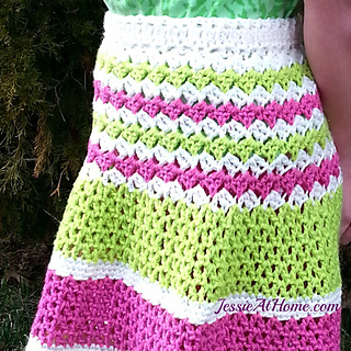 Daisy-skirt-by-jessie-at-home-free-crochet-pattern_small2