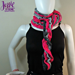 Glitter_and_shine_scarf_free_crochet_pattern_by_jessie_at_home_-_5_small2