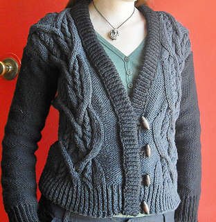 Aquarius_cardigan_1