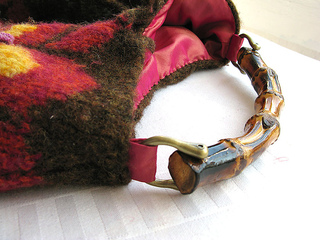 Felted_bag_handle_detail_small2