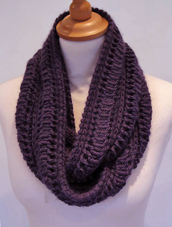 Edie_infinity_scarf_small2