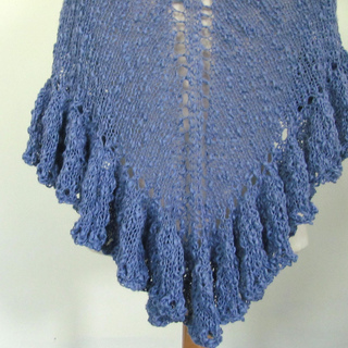 Blue_shawl_ruffle_1_small2