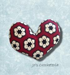 Africanflowerheartpillowcrochetpattern_small