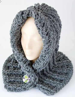 Chunky_hooded_neck_wrap_small2