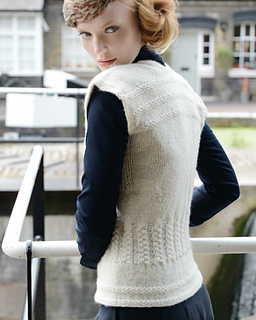 Helene_vintage_looking_knitted_tank_top_small2