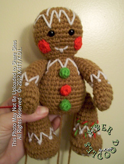 Free Knitting Pattern For A Gingerbread Man : Ravelry: CP02 - Gingerbread Man pattern by K4TT