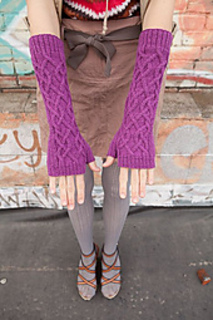 Knitscene-fall-2012-mitt1_small2