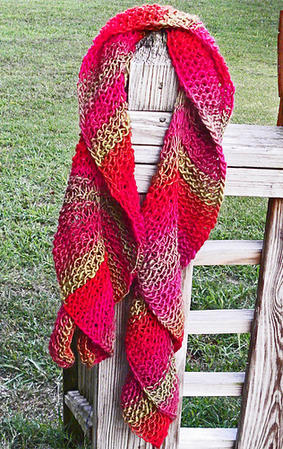 Dragon_scarf_2_medium