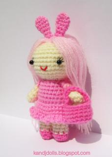 Pink_lady_doll_crochet_pattern_small2
