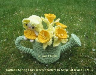 Amigurumi_daffodil_spring_fairy_crochet_pattern_fairy_5_small2