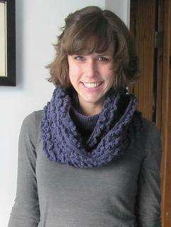 Infinity-scarf-crochet_small2