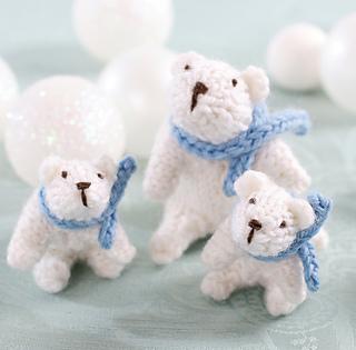 Petite_polar_bears_small2