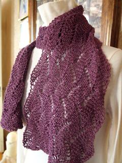 Knit Scarf Pattern Size 5 Needles : Ravelry: Garden Wave Scarf pattern by Grace Mcewen