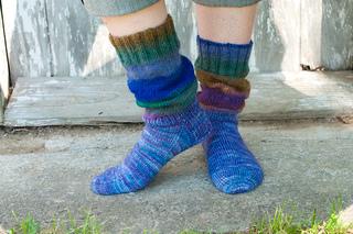 Slouch Socks Knitting Pattern : Ravelry: Knit Slouch Socks pattern by Cindy Myska Colbert