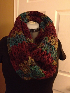 Ravelry: Pavement Infinity Scarf pattern by Fiber Flux ...