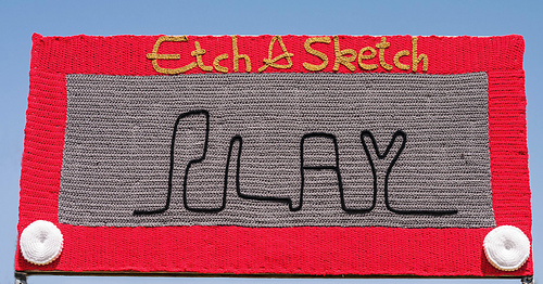 Etch_a_sketch_3_medium