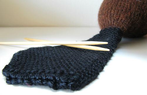 Knit_beaver_linen_stitch_tail_medium