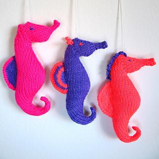 Neon_knit_seahorses_small2
