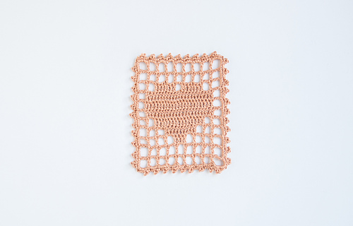 Filet_crochet_heart_visual_medium