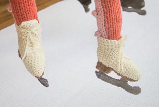 Crochet_ice_skates_small2
