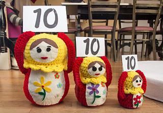 Crochet_russian_nesting_dolls_olympic_judges_small2
