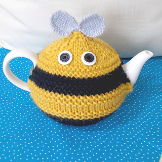 Bee_cosy_front_2_ed_small2