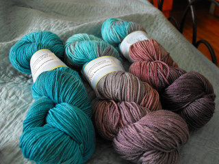Yarn_tig_curiouser_and_curiouser_and_very_merry_unbirthday_small2