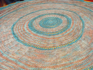 Project_camp_loopy_challenge__2_anadara_blanket_5_small2