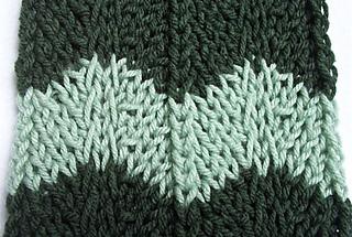 Chevron_scarf_closeup1_small2