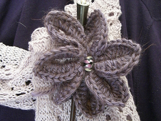 Lavender_broach_003_small2