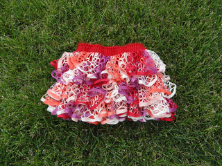 Ruffled_skirt_testing_01_small2
