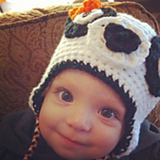 Grace_in_her_panda_hat_small2