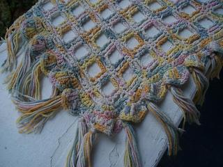 _pastel_morning__shawl_-_closeup_small2