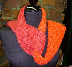 Two-toned_scarf_small