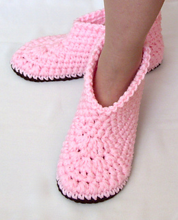 Free Crochet Patterns Bedroom Slippers : Ravelry: Womens Boot Slippers #24 pattern by Lisa Corinne ...