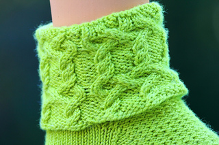 Cablecufflimegreen_1_small2