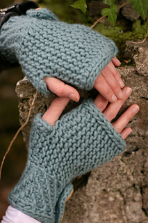 Basanite_mitts_small2