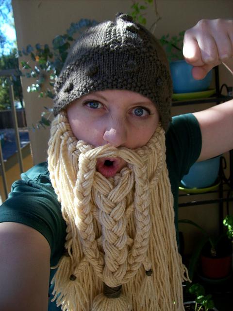 Apuros de una tejedora compulsiva: Gorro Vikingo I, comienzos.