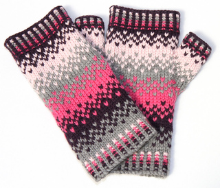 Scandinavian_fairisle_mittens_3_small2