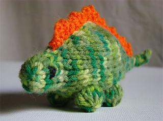 Dino-front_small2